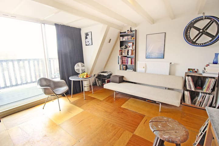 Modern & Classic with Roof Terrace @Trendy East! - Amsterdam - Appartement