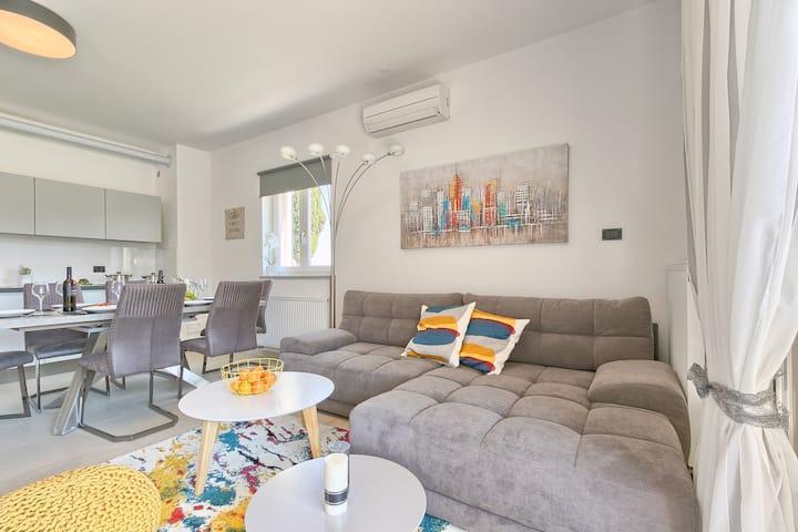 Apartment Kažun (5+2)