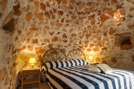 Salento: tipico Trullo vicino Gallipoli - 加里波利