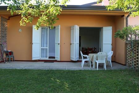 Villetta con giardino - Caorle - Villa