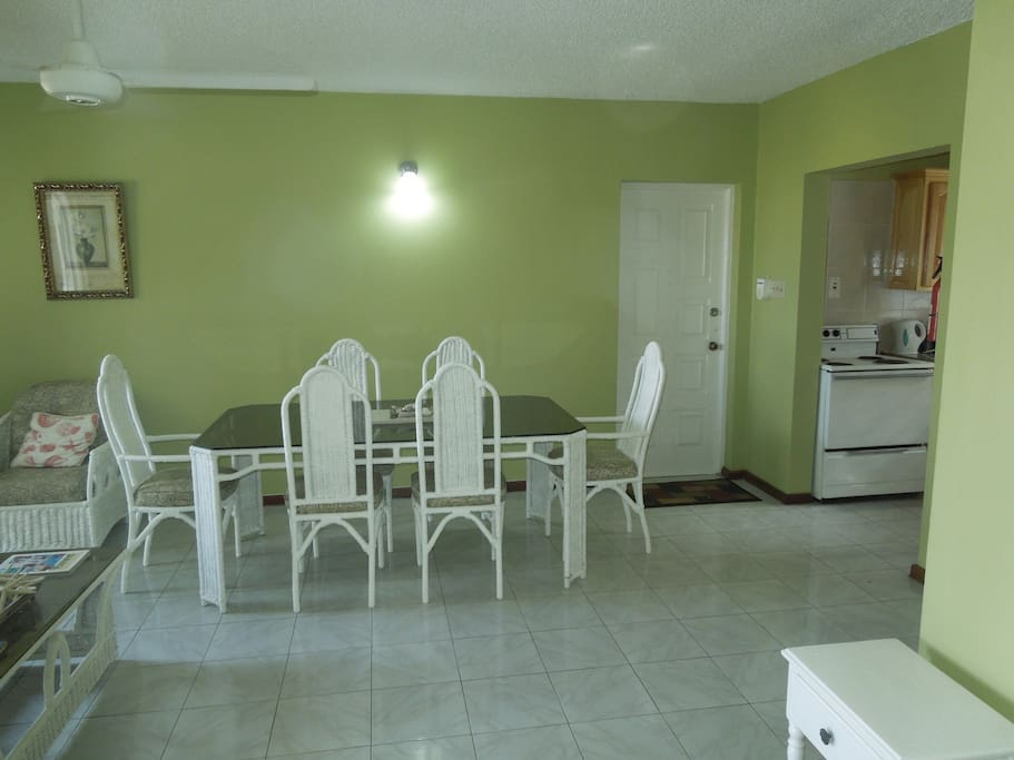 Large dining area seats up to 6