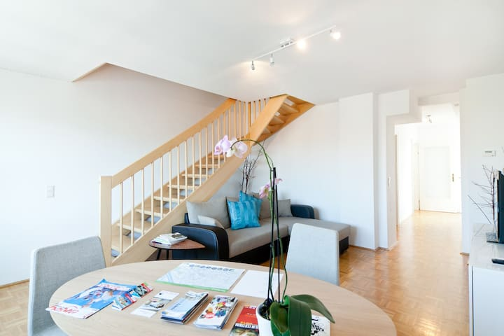 stairs from living room to sleeping rooms