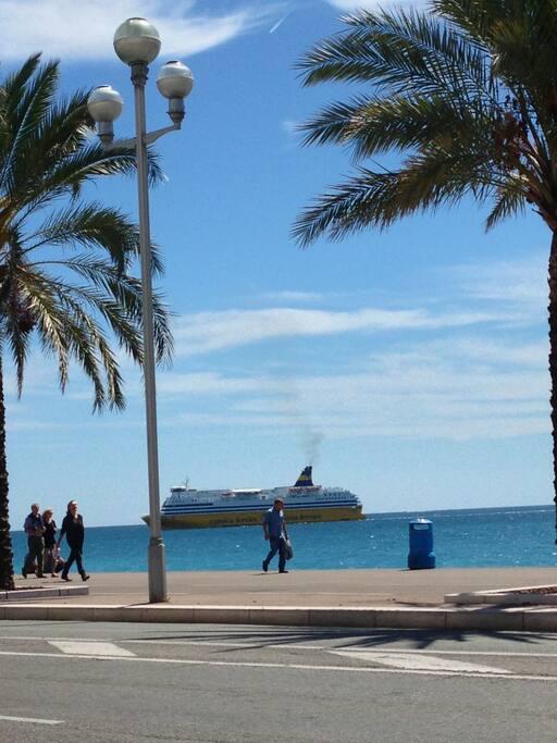 Vue sur le Corsica Ferries