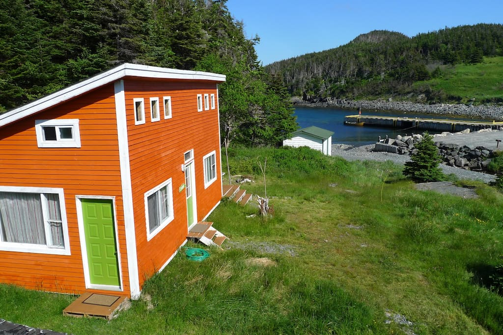 East coast newfoundland cabin on the sea tiny houses for for Cabins in newfoundland