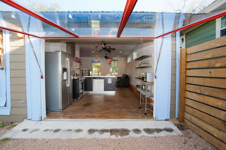 Eastside Cabana - Near UT,Downtown  - Austin - House
