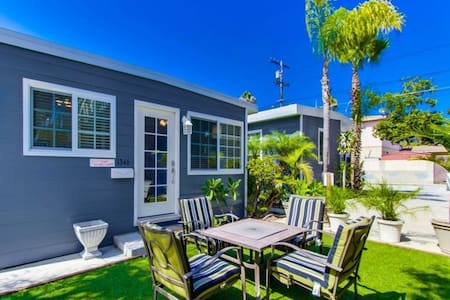 SD Pacific Beach Cottage 3 - with AC and Parking - Maison