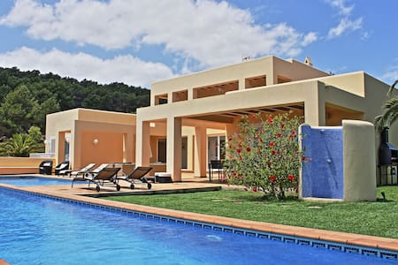 Large luxury villa great view garden pool nr Ibiza - San Rafael, Ibiza - House