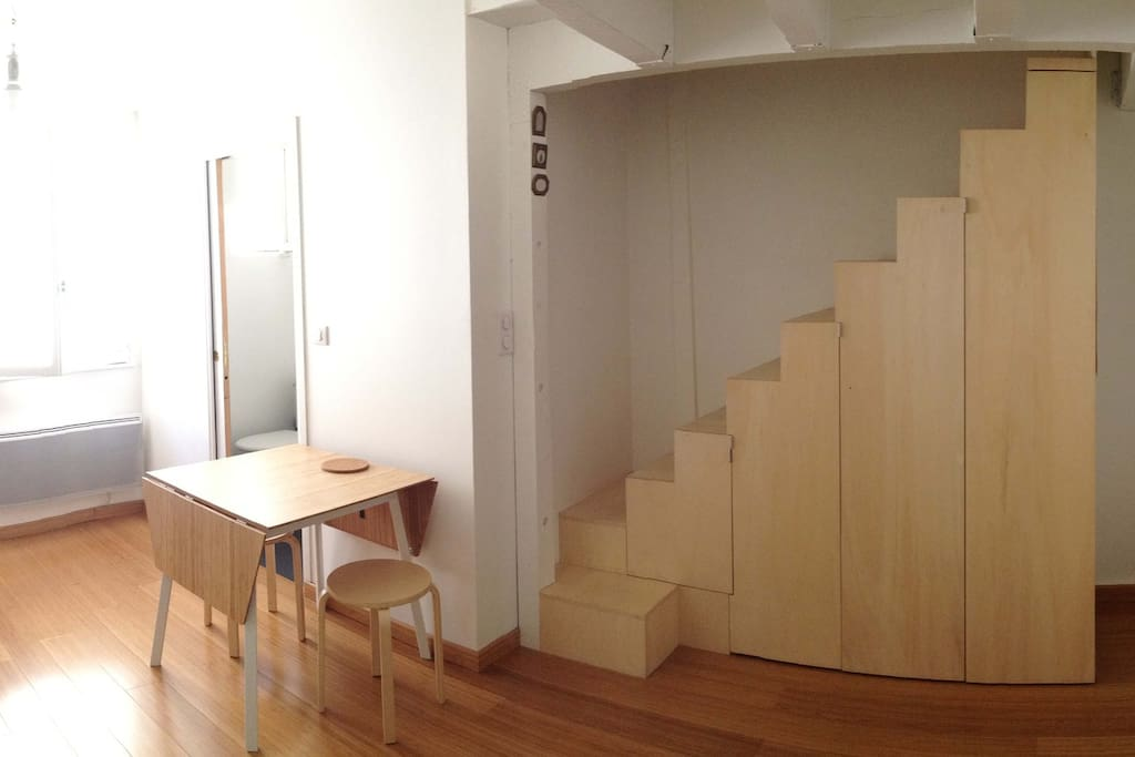 Escalier de la mezzanine