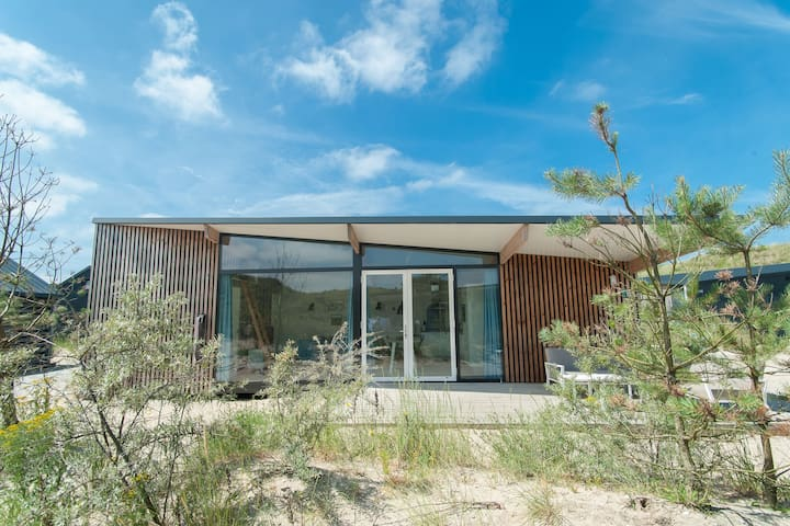 Comfortable lodge with dishwasher, in Bloemendaal