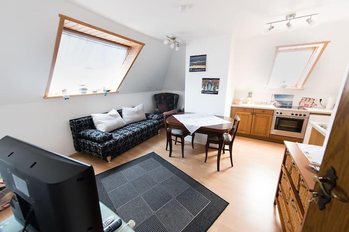 Gemütliche OG-Wohnung - Berumbur - อพาร์ทเมนท์