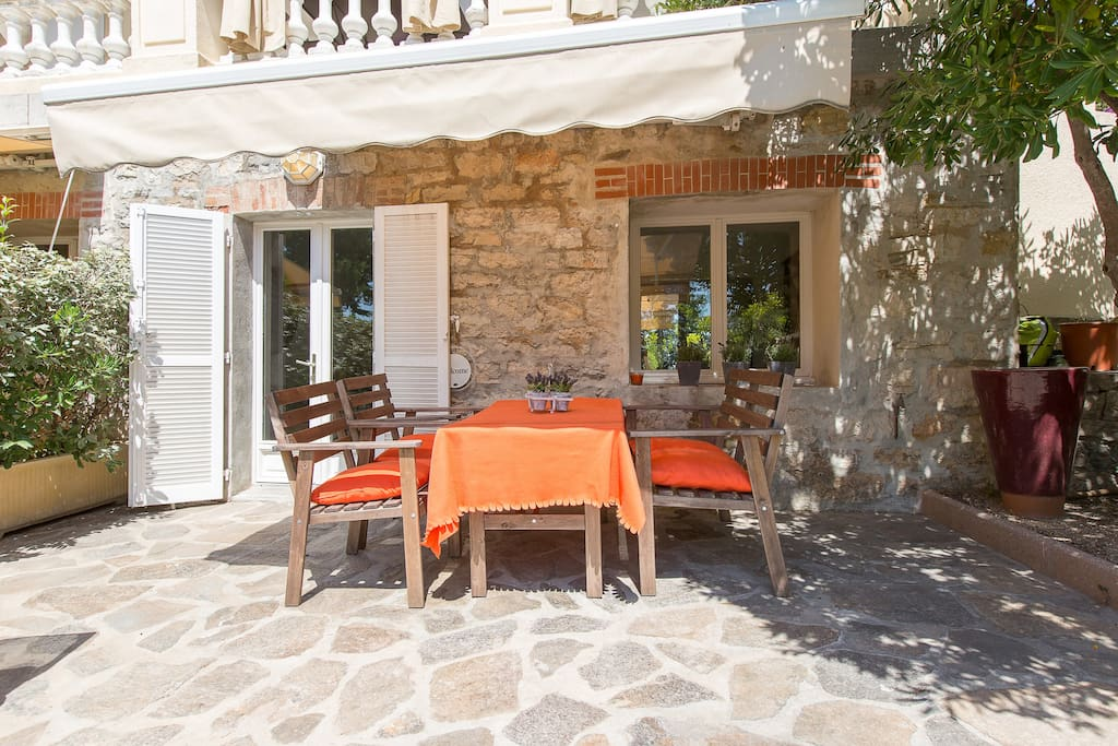 Lunch or dine outside and enjoy the sounds, smells and sun of the south of France