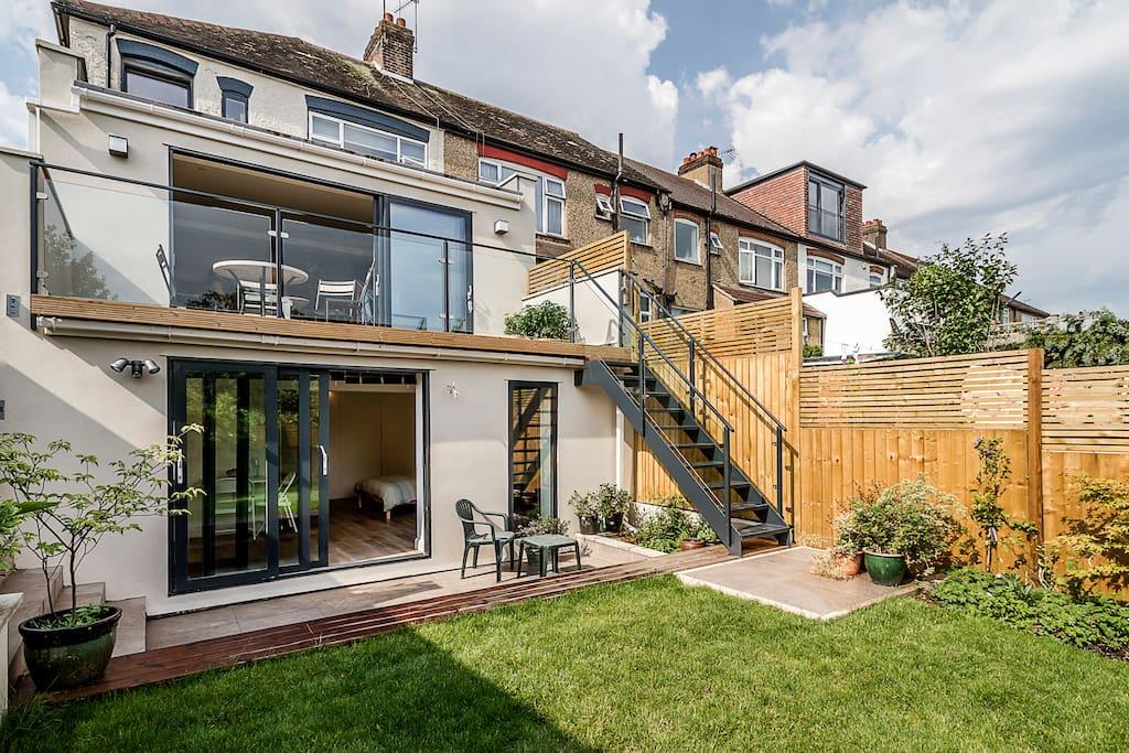 Garden Self Contained Studio Room Houses For Rent In London United Kingdom