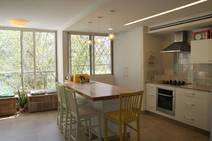 Stylish 3 bedroom flat in Ramat-Gan - Ramat Gan - Apartment