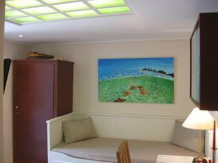 gem tliches zimmer mit gartenzugang houses for rent in. Black Bedroom Furniture Sets. Home Design Ideas