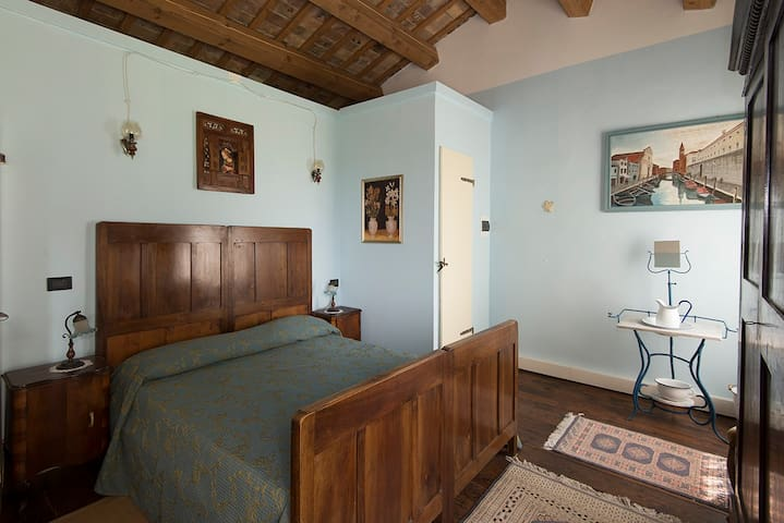 Charming Blue Room B&B Antica Vigna - Chioggia - Bed & Breakfast