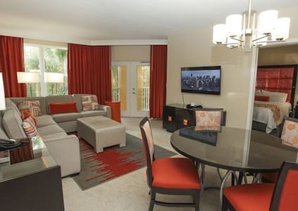 Vacation Village near Disney - Kissimmee