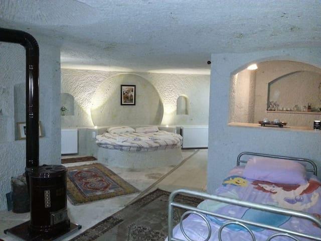 cappadocia akkoy evleri cave house