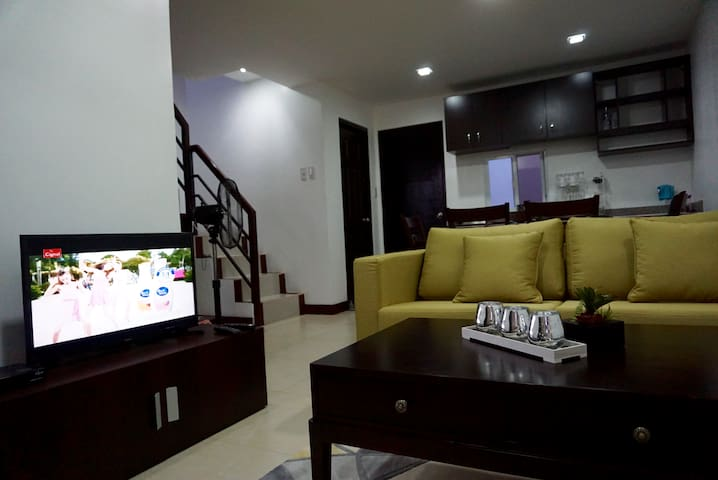 Cozy Private Room in the City - Quiet Location. - Tagbilaran City - Townhouse