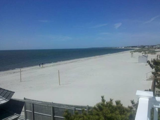 1BR Oceanfront Timeshare -- small, quiet buiding