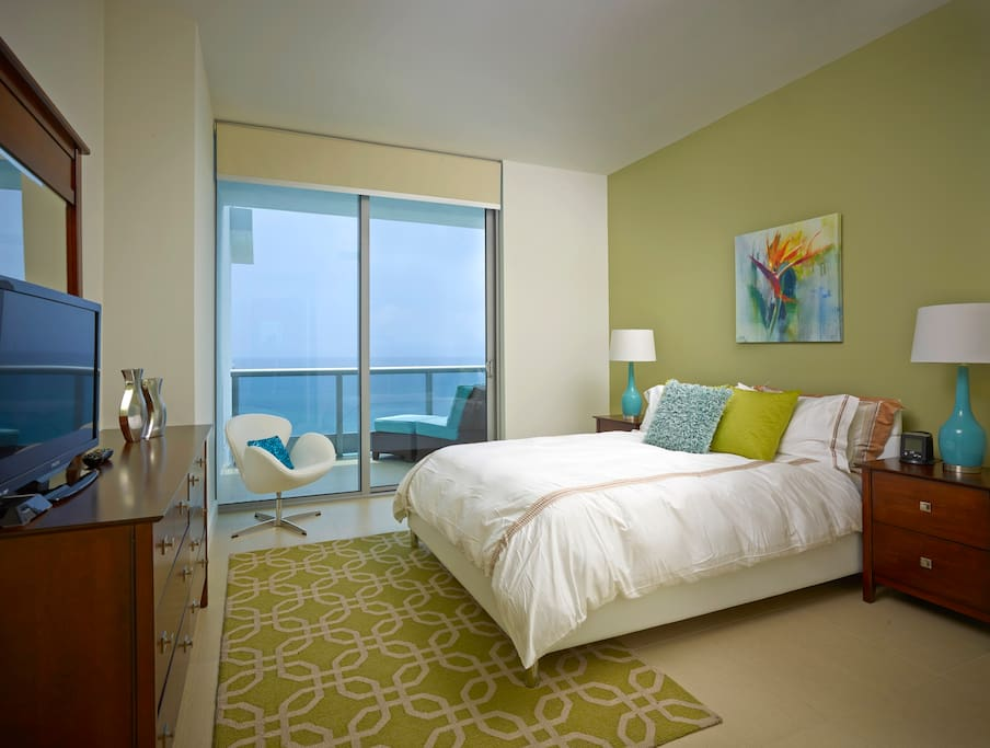 Deluxe One Bedroom Apartment Ocean Front Serviced Apartments For Rent In Miami Beach