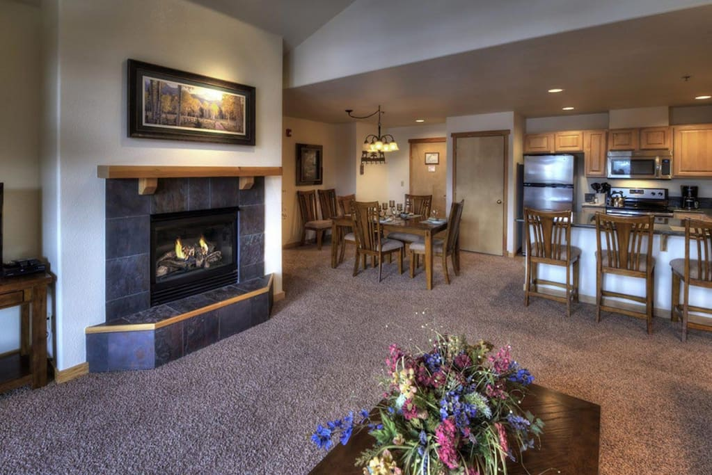 Great Room w/fireplace (typical)