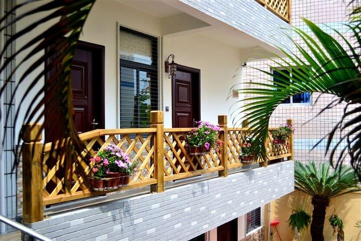 环岛路小忙的家,轻骑环岛,踏浪追风,大床房 - Xiamen - Casa