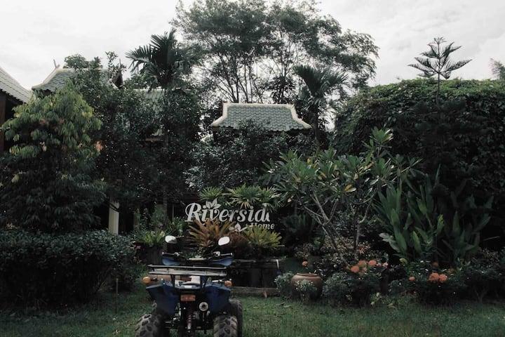 Riverside home khaokho