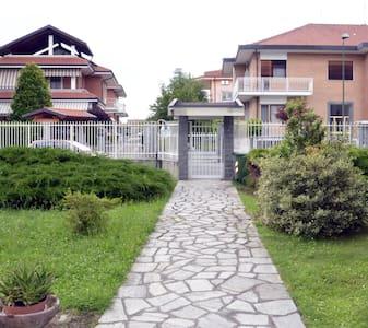 Visita Torino Venaria La Mandria - Robassomero - Apartamento