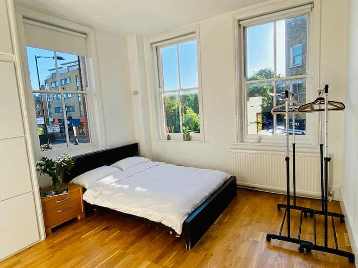 Beautiful Double room : Broadway Market