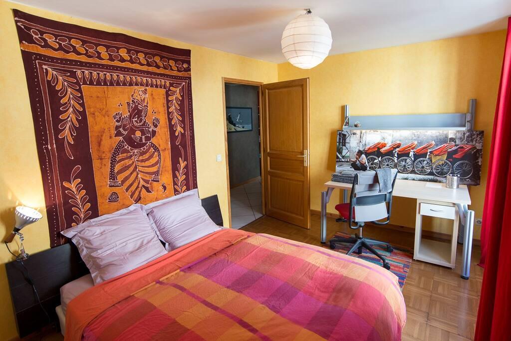 La chambre avec lit double 160x200.