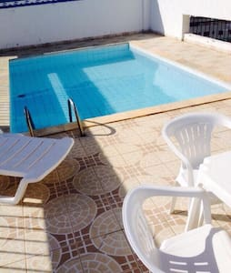 Apartamento aconchegante,piscina,academia,port.24h