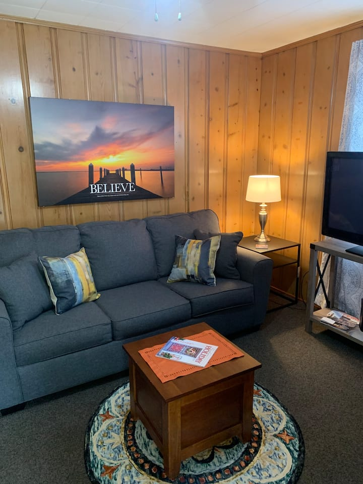 TigerHaven2 Monthly$1240 66%offGuestHouseKingBed