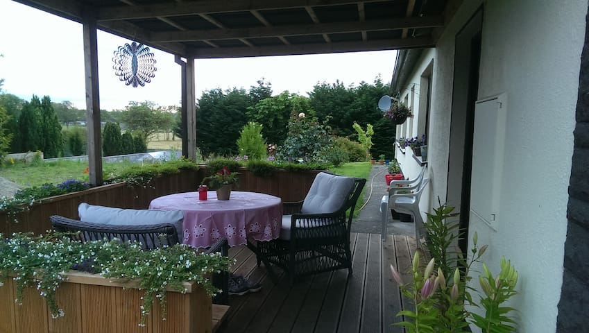 Cosy and quiet place - Clarecastle - Casa