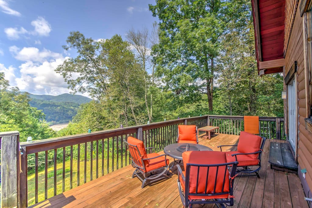 You'll enjoy the best views in Marshall from the wraparound porch.