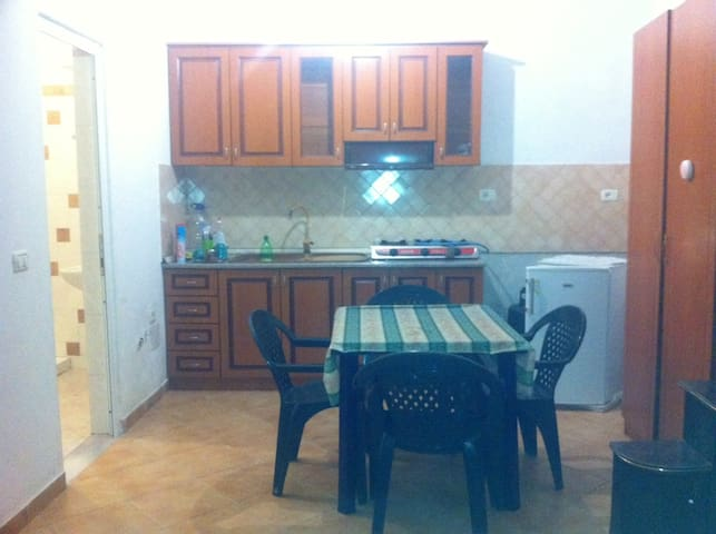 Single Room Apartament - Valona - Apartament