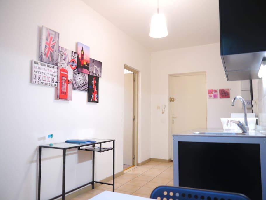 Joli meubl wifi gratuit lilas appartements louer for Appartement meuble strasbourg