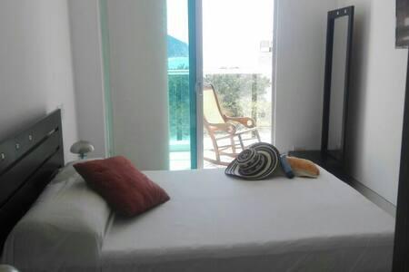 Habitación privada Private room with sea view - rodadero Sur - 公寓