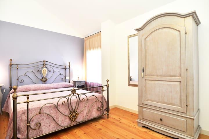 Double room in a B&B near Venice