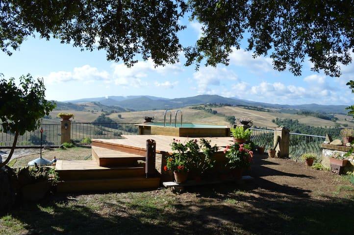 Agri-Bio podere Santa Palmira - Pomarance - Dom