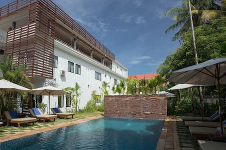 One Bed @Mudra+FREE Breakfast& Pick Up. - Krong Siem Reap