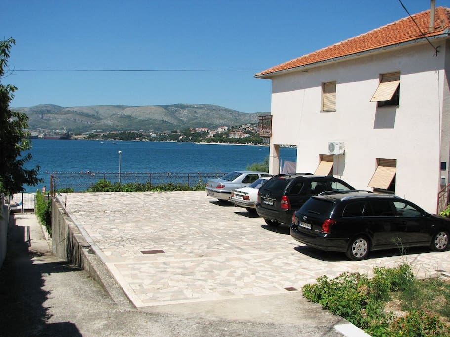 Car parking in front of the house