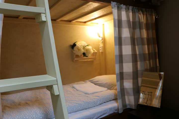 №3 Bed in Female Dormitory Room