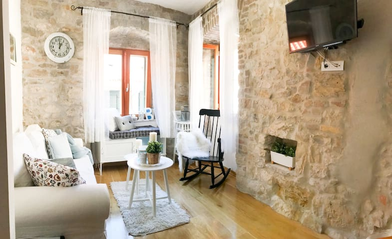 Luxury apt. in Split center - Varos