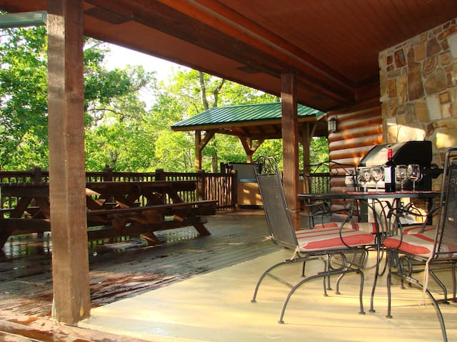 Top Notch Lodge - Great Family or Couple Getaway - Broken Bow