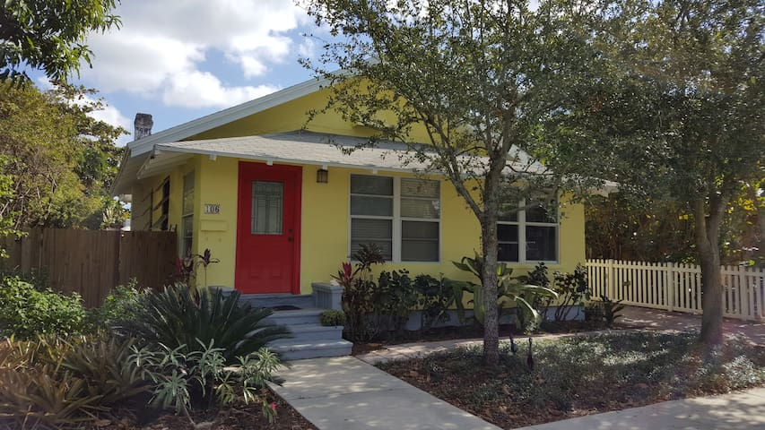 McGill House Dtwn Lake Worth & 5 mins to the beach