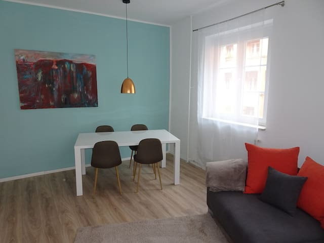 Brand new cosy apartment near Kudamm min. 3 months