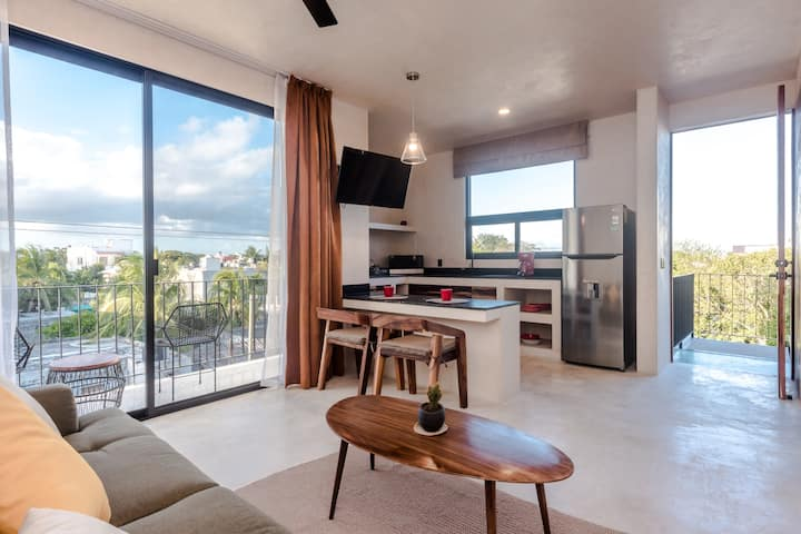 UJO 7 - Apartment with balcony in Downtown