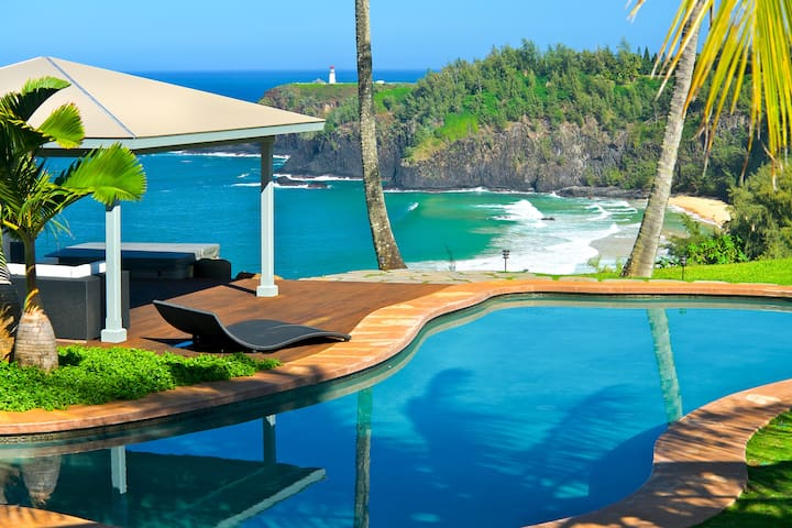 Dali Hale Estate On Secret Beach