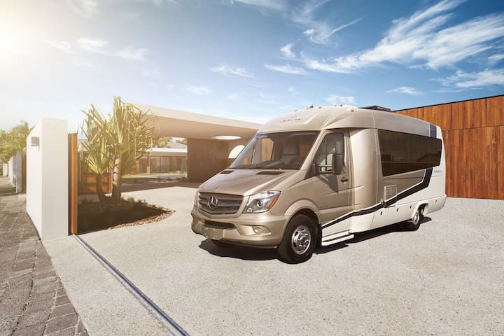 Luxurious Class B RV - Yosemite Valley