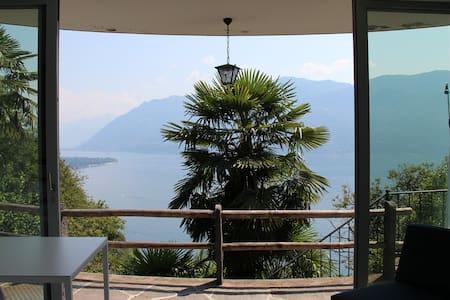 Casa Cincilla über dem Lago Maggiore - Ronco sopra Ascona - アパート